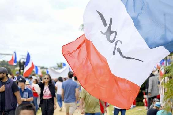 Référendum: les loyalistes veulent l'unité