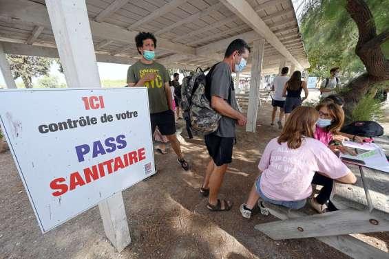 Métropole : Pourquoiils rejettent le pass sanitaire