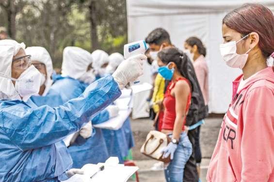 Des centaines de migrants en Colombie reviennent au pays