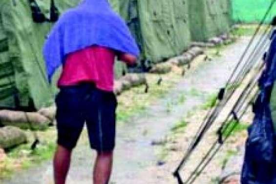 Mort d'un migrant au camp de Manus