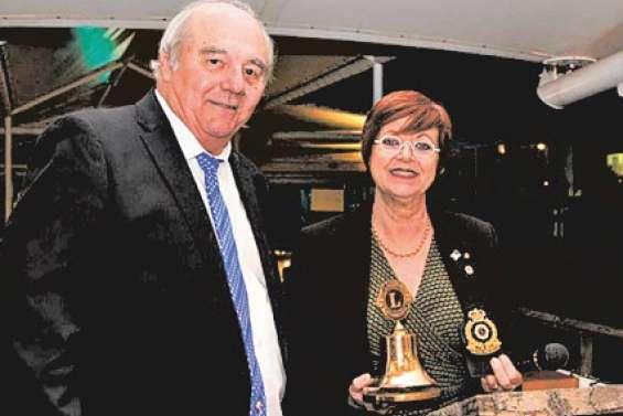 Mireille Levy succède à Jean-Pierre Vergé à la tête du Lions club Calédonie-Vanuatu