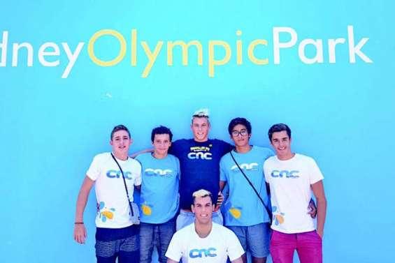 Les nageurs du CNC dans le bassin olympique de Sydney
