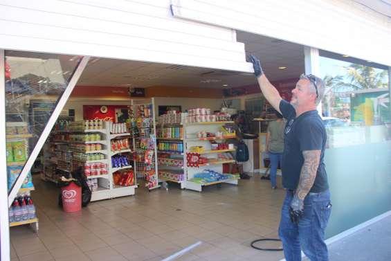 Casse-bélier à Tina : Le gérant de la station-service se dit « à bout »
