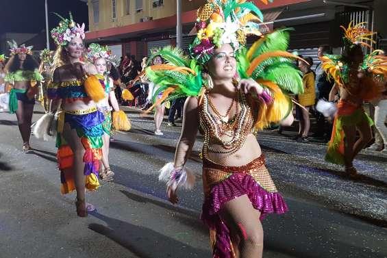 Carnaval de Nouméa, une 32e édition haute en couleurs