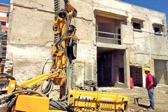 Ravalement de façade en douceur  pour le vieil immeuble Cheval