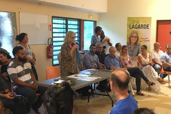 Sonia Lagarde en campagne à Tuband