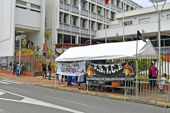 Les manifestants de N'Du ont été reçus par la maire