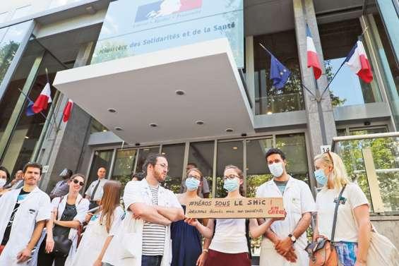 Accord sur la rémunération des médecins hospitaliers