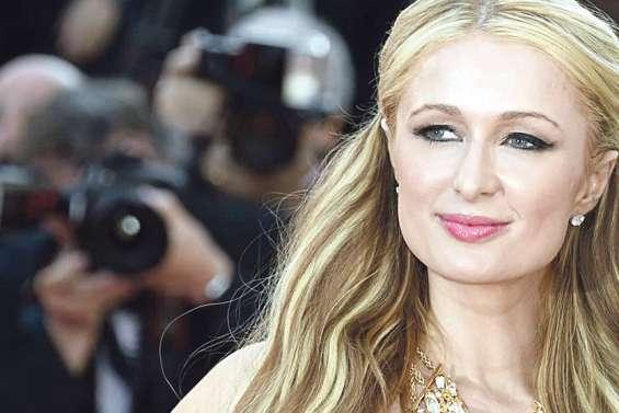 Paris Hilton en vacances à Bora Bora