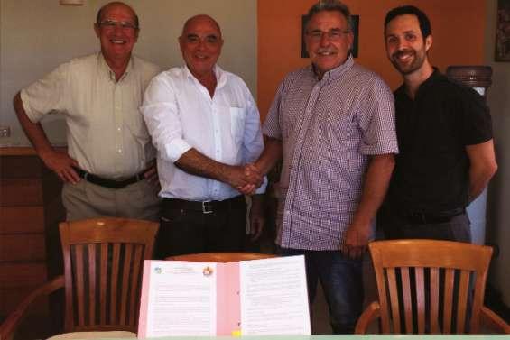 Signature d'un partenariat entre la SIC et Teasoa