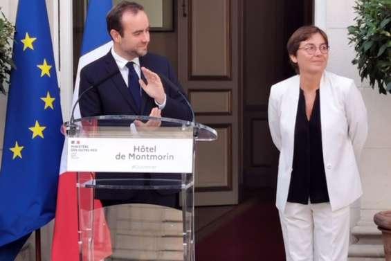 Passage de témoin entre Sébastien Lecornu et Annick Girardin