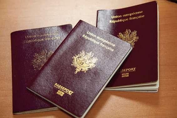 Huit ans d'attente pour son passeport, il attaque l'Etat
