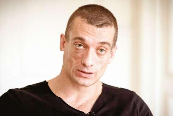 Piotr Pavlenski en garde à vue dans une enquête pour des violences