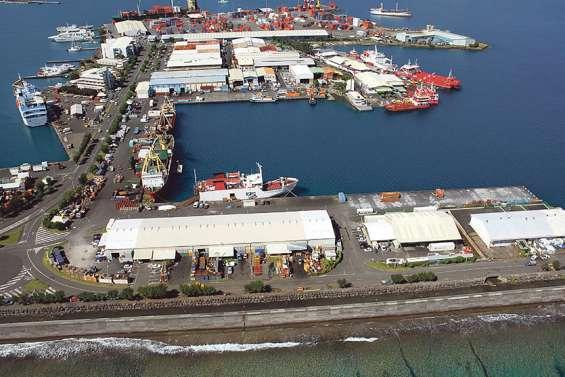 Les armateurs polynésiens tentent de rester à flot
