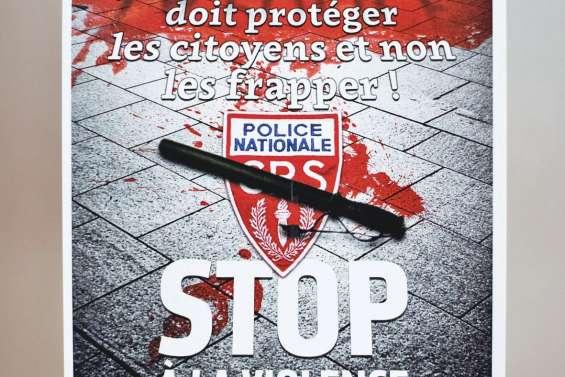 L'affiche de la CGT qui fait l'unanimité... contre elle