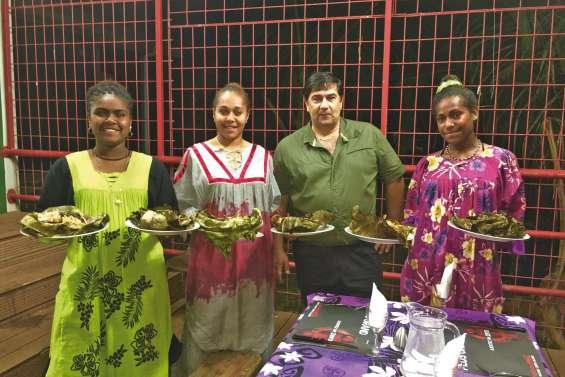 Soirée mélanésienne au lycée