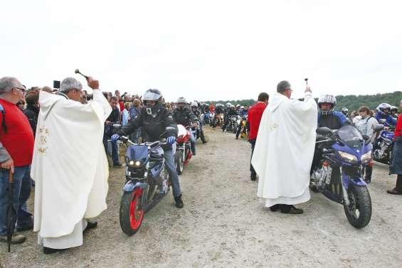 Des milliers de motards réunis à leur pardon