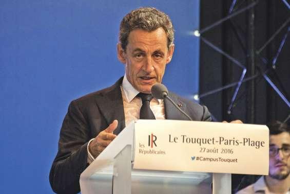 Nicolas Sarkozy égratigne son rival
