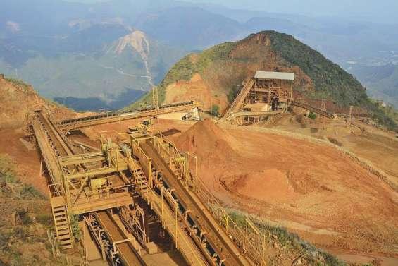 Le centre minier de Népoui bloqué