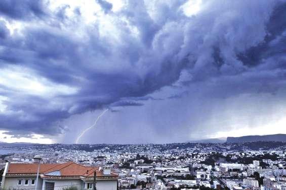 Foudre : 70 000 impacts en deux jours