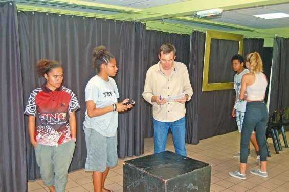 Les lycéens de Poindimié jouent la comédie