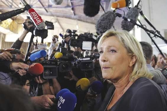 Le Pen intronise son directeur de campagne