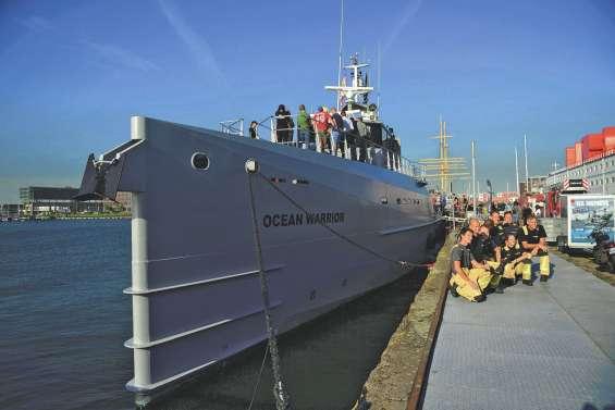 Sea Sheperd arme « un navire de guerre »