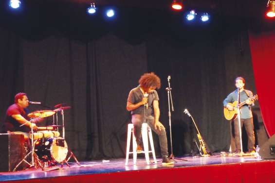 Paul Wamo en tournée