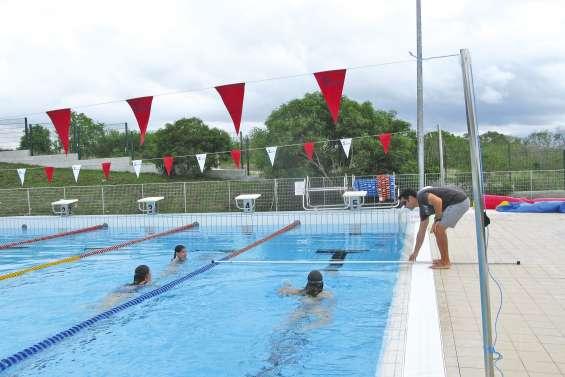 Le collège de Koné ouvre un couloir à la natation en 2017