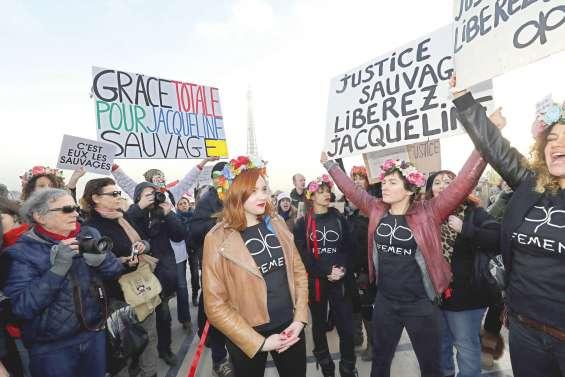 Au Trocadéro, soutien à Jacqueline Sauvage