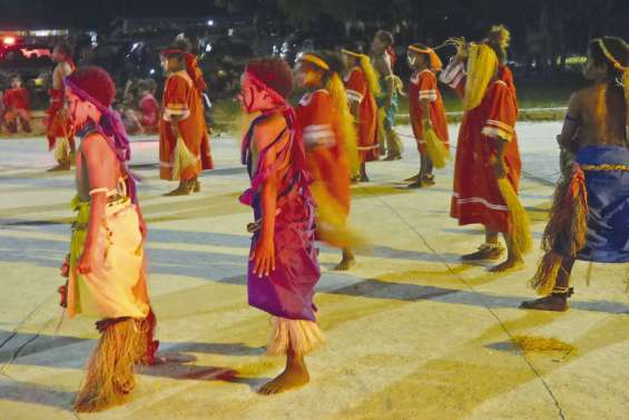 Danser les gestes traditionnels