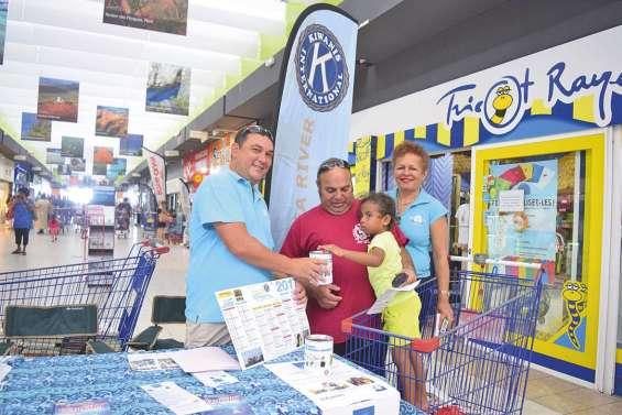 Le Kiwanis Dumbéa river collecte des dons pour une école de Port-Vila