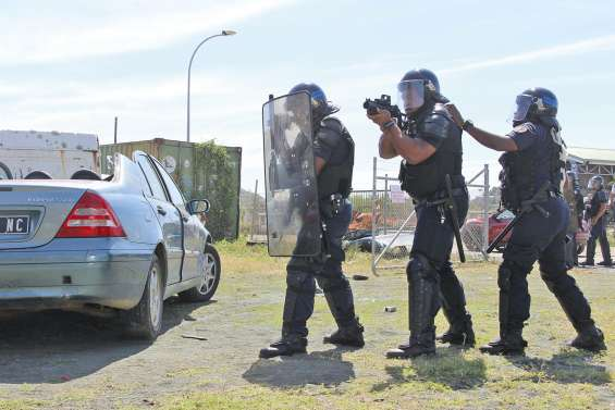 Forces de l'ordre : 9 000 postes créés sous le quinquennat Hollande