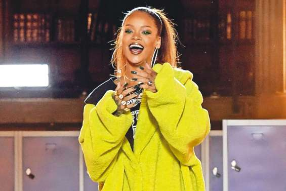 Rihanna fait son show à la Fashion week