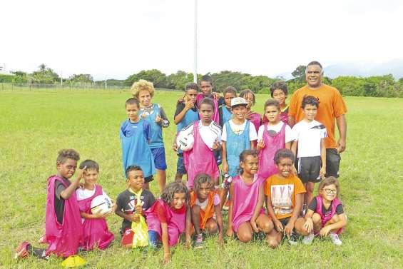 Le FC Pouembout lâche  ses premiers ballons