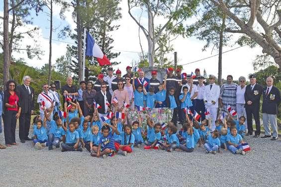 Les écoliers de Moindou associés  au devoir de mémoire