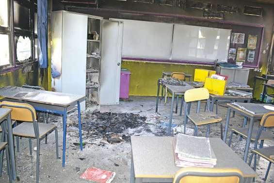 Incendie au lycée Père-Guéneau, trois salles de classe inutilisables