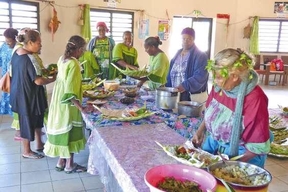 Les seniors financent leur voyage annuel
