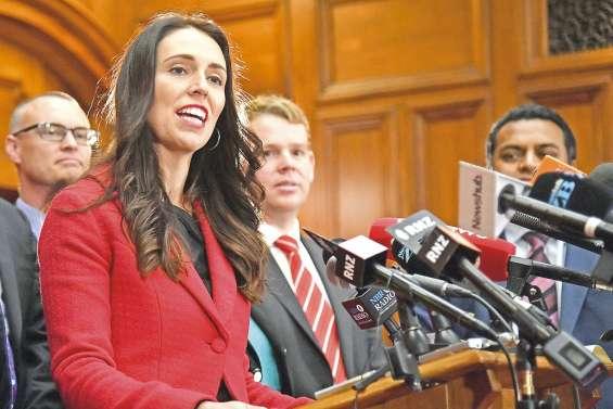 Politique ou maternité, le débat enflamme les Kiwis