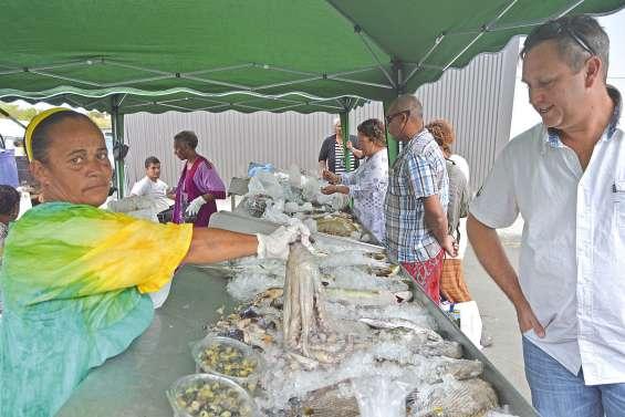 Les loisirs et les produits de la mer trouvent leur public à Téari