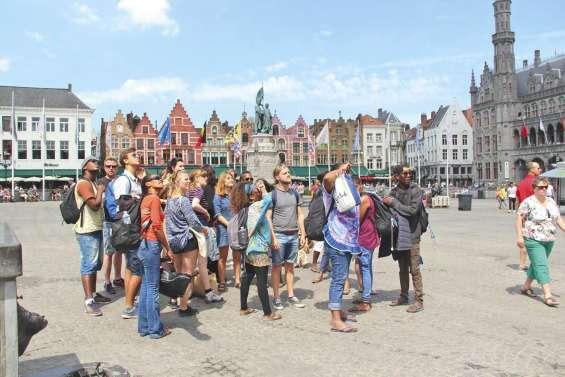 De jeunes Loyaltiens ont tissé  des liens avec la Belgique