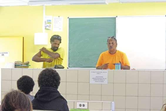 Les collégiens formés au compostage
