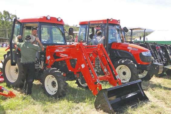 Les tracteurs, autres rois  de la Foire de Bourail