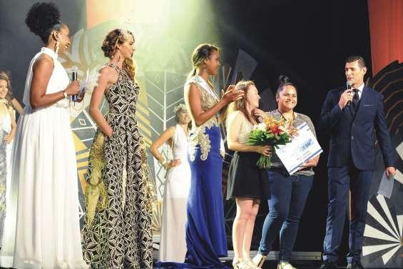 Miss Nouvelle-Calédonie : le prix de robe de créateur pour le lycée Saint-Jean-XXIII