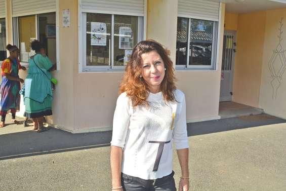 Une directrice à projets  au collège Louis-Léopold-Djiet