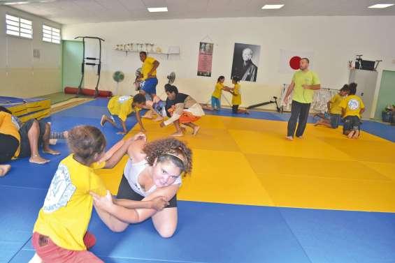 Des cours d'EPS remplacés par du judo