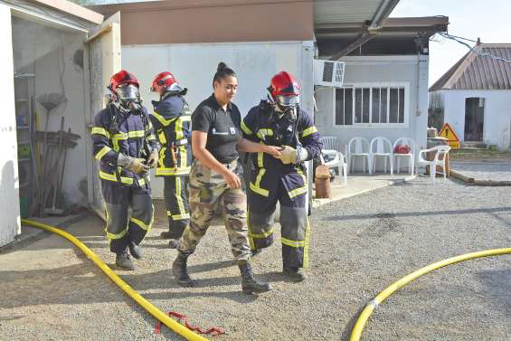 Un exercice incendie chez les gendarmes