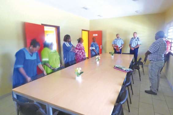 Le chef des  gendarmes en visite