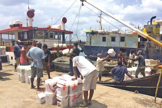 Les habitants d'Ambaé obligés de quitter l'île