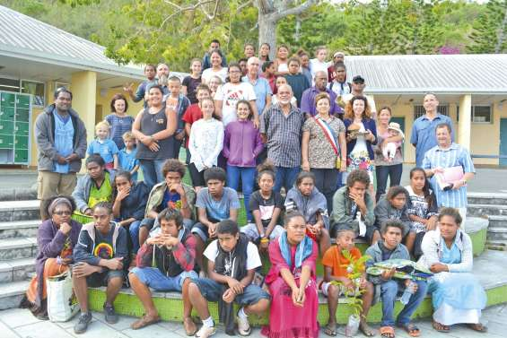 Les élèves d'Ouvéa rencontrent leurs camarades